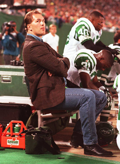 Dennis Byrd, who recovered to walk again after breaking his neck in a game, gave a moving speech Saturday night at the team hotel as the Jets prepared for their playoff game against the rival New England Patriots. AP PHOTO      ORG XMIT: 1101162230111722
