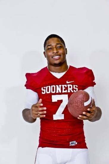 Oklahoma linebacker Corey Nelson said his confidence is back up this spring after a disappointing 2012 campaign. PHOTO BY CHRIS LANDSBERGER, THE OKLAHOMAN