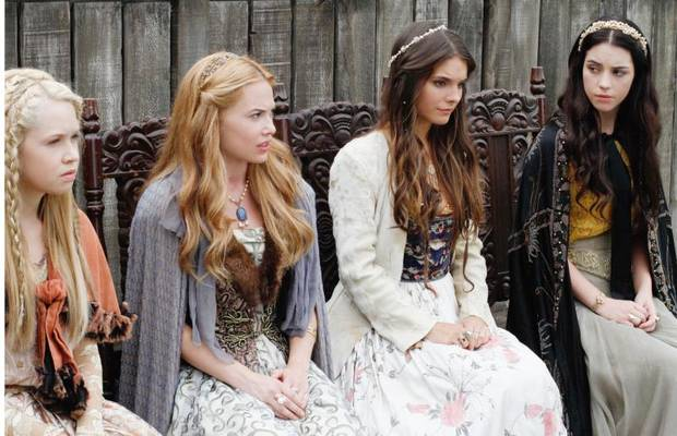 "Reign -- ""Hearts and Minds"": Pictured (L-R): Jenessa Grant as Aylee, Celina Sinden as Greer, Caitlin Stasey as Kenna, and Adelaide Kane as Mary, Queen of Scots -- Photo: Marni Grossman/The CW -- © 2013 The CW Network, LLC. All rights reserved."