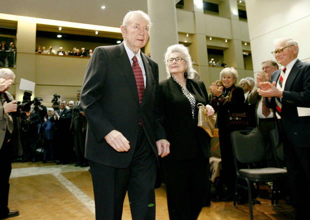 Former Oklahoma governor Henry Bellmon and his wife Eloise receive applause as they are announced, Tuesday, Feb., 13, 2007, in Oklahoma City, during a ceremony to mark the opening of an exhibit on the Governors of Oklahoma at the Oklahoma History Center.  By Bryan Terry, The Oklahoman