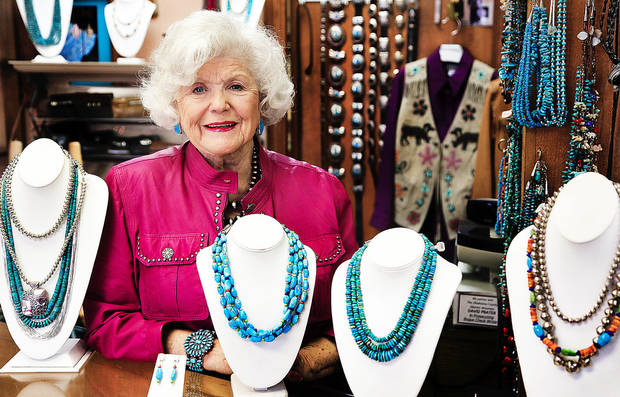 Lesta Oliver, owner of Simply Southwest in Edmond, is retiring after 30 years in the business. She has been in business in Edmond, Guthrie, Oklahoma City and Tulsa. PHOTOs BY CHRIS LANDSBERGER, THE OKLAHOMAN