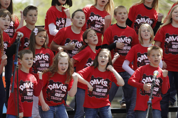 Davis elementary fourth and fifth grade Honor Choir perform on the Great Lawn Stage at the Festival of the Arts in downtown Oklahoma City  Wednesday, April 24, 2013. The Hunters are from Piedmont. Photo by Doug Hoke, The Oklahoman