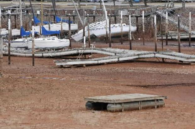 Boats at the Oklahoma City Yacht Club sit on dry land as the water level at Lake Hefner in Oklahoma City, OK, continues to drop, Tuesday, January 8, 2013, By Paul Hellstern