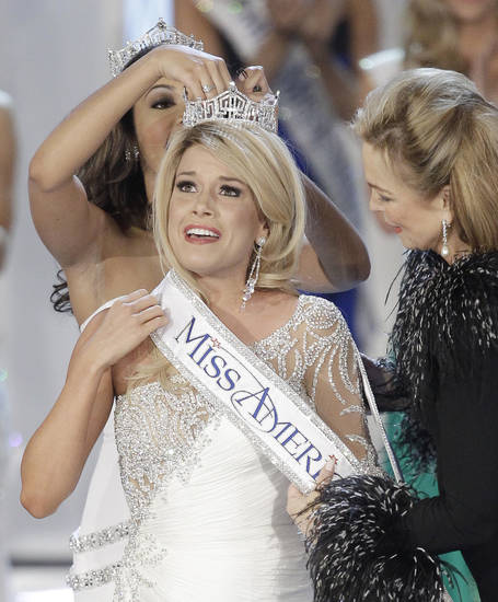 during the Miss America pageant, Saturday, Jan. 15, 2011 in Las Vegas. (AP Photo/Julie Jacobson)