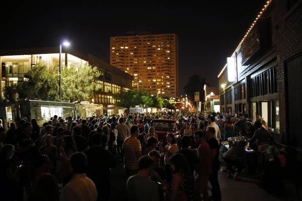 H&8th crowd. Photo by Doug Hoke, The Oklahoman