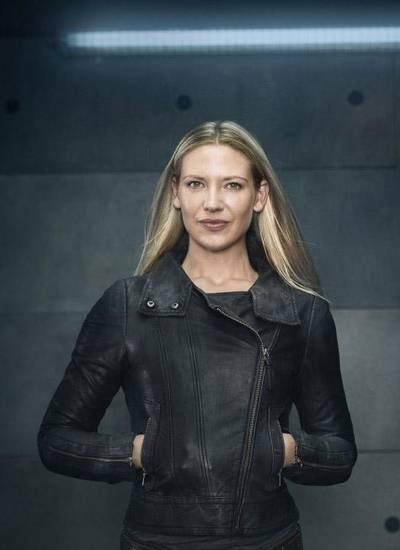 Anna Torv - Fox Photo