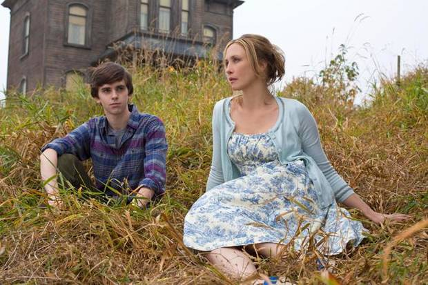 "Freddie Highmore and Vera Farmiga star in ""Bates Motel."" Photo by Joe Lederer/Copyright 2011"