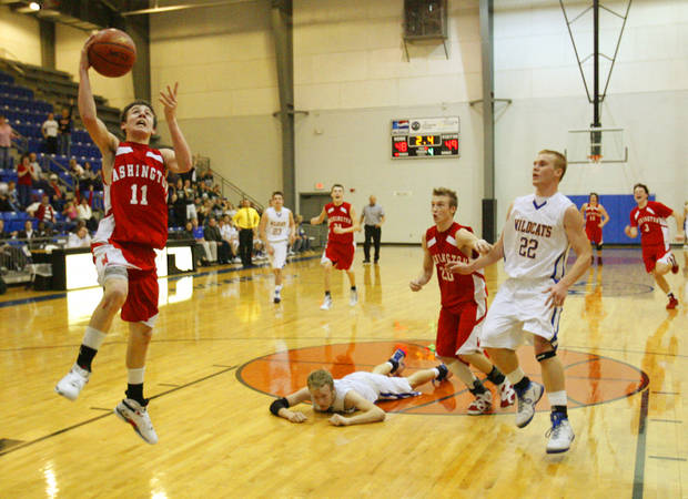 HIGH SCHOOL BASKETBALL: Freshman Jesse Nixon seals the victory with a last second layup as Washington beats Bethel after trailing the entire game as Washington plays in the Newcastle basketball tournament in Newcastle, Okla. on Thursday, January 22, 2009.   Photo by Steve Sisney, The Oklahoman ORG XMIT: kod