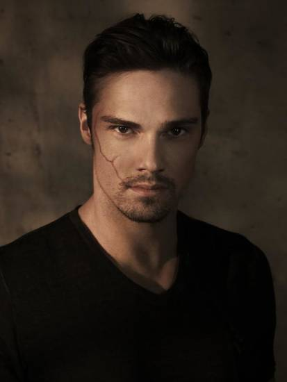 BEAUTY AND THE BEAST Pictured: Jay Ryan as Vincent. Image Number: BB1_JayPortrait_0368r.jpg. Photo Credit: Frank Ockenfels 3/The CW. © 2012 The CW Network, LLC. All rights reserved.