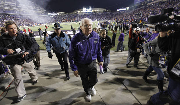 Bill Snyder leaves the field after the 44-30 win over Oklahoma State during the college football game between the Oklahoma State University Cowboys (OSU) and the Kansas State University Wildcats (KSU) at Bill Snyder Family Football Stadium on Saturday, Nov. 1, 2012, in Manhattan, Kan. Photo by Chris Landsberger, The Oklahoman