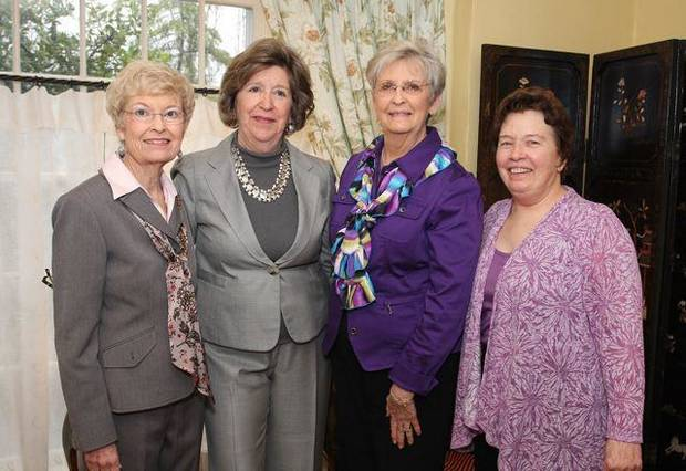 Ann Millerborg, Lela Sullivan, Ginny Dick, Ann Kruse were at the Brownie Reunion in the Sullivan home. (Photo by David Faytinger).
