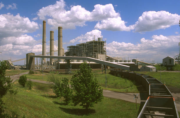 Oklahoma Gas and Electric Co.'s Muskogee coal plant is shown in this photo from 2007. The Sierra Club said Thursday that a new analysis shows sulfur dioxide emissions from Muskogee and the Sooner plant near Red Rock may run afoul of new federal standards about to be implemented. <strong>PROVIDED - Provided</strong>