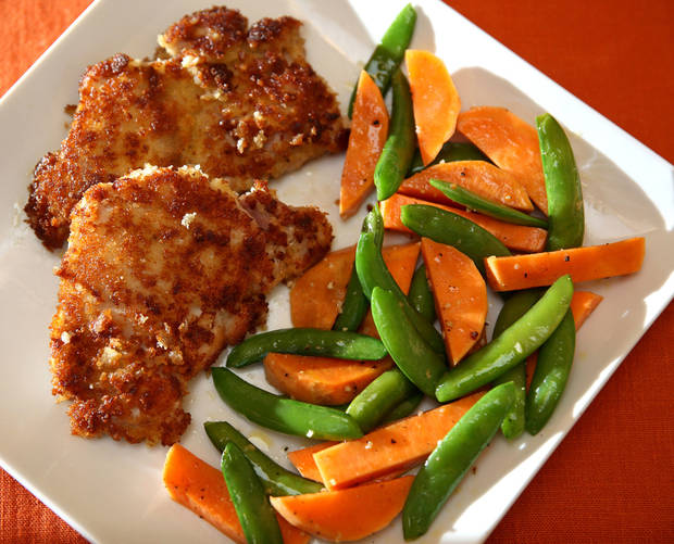 Panko bread crumbs give a golden crust to boneless, skinless chicken thighs while horeradish gives the taste a bit of zing. (Al Diaz/Miami Herald/MCT)
