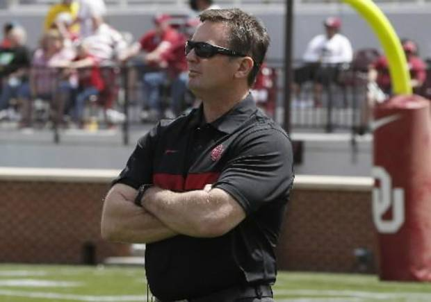 "Oklahoma coach Bob Stoops said much of the SEC's mystic stems from ""propaganda."" AP PHOTO"