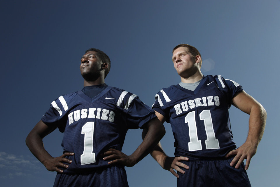Photo - EDMOND NORTH HIGH SCHOOL FOOTBALL: Edmond North's Dynamic Duo of running backs Jarion Tudman, left, and Jared Benway  Tuesday, August 16, 2011 . Photo by Doug Hoke, The Oklahoman. ORG XMIT: KOD