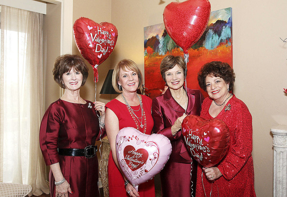 Photo - Barbara Brou, Lori Hill, Janie Axton, Sue Ann Hyde.