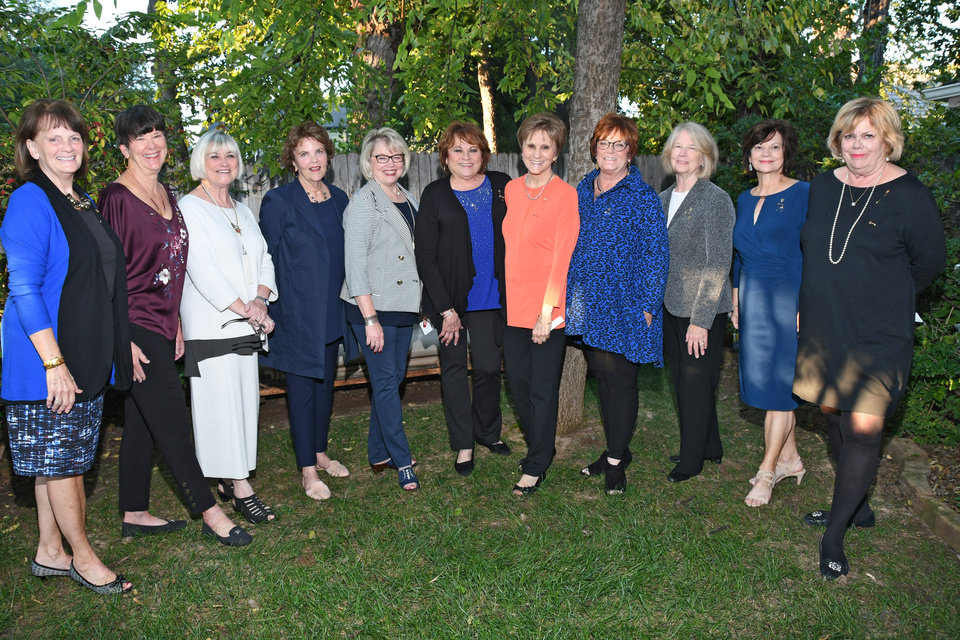 Photo - Nancy Collins, Ginger McCombs, Beverly Willey, Susan Ingham, Diane Stout, Cheryl Shirley, Marcheta Lashley, Cindy Davis, Marilyn Oldfield, Marilyn Thrasher, Athlyn Pool. PHOTO BY FRAN KOZAKOWSKI