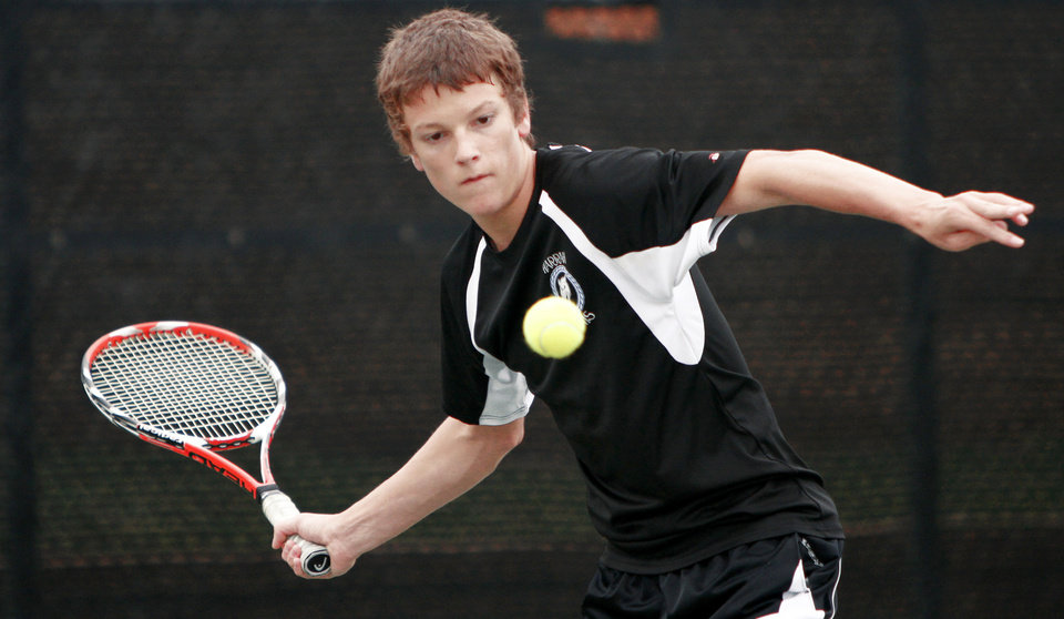 Harrahs Sam Raglin competes in the state tennis tournament Friday. Photo by Bryan Terry, The Oklahoman