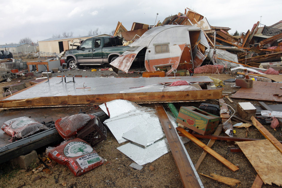 Photo - Tornado damaged home north of Waterloo on Broadway, Tuesday , February 10, 2009.  By David McDaniel, The Oklahoman