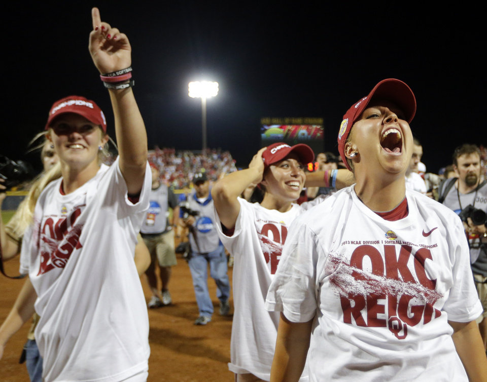 Oklahoma celebrates their win following the Women\'s College World Series softball game between Oklahoma and Tennessee at ASA Hall of Fame Stadium in Oklahoma City,Tuesday, June, 4, 2013. Photo by Sarah Phipps, The Oklahoman