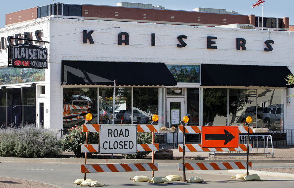 Photo -  Road construction related to a $53 million expansion of St. Anthony Hospital is being cited in the closing of Kaiser's American Bistro at NW 10 and Walker Avenue. Photo by Paul B. Southerland, The Oklahoman