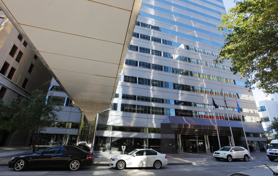 Photo -  Oklahoma Tower, 210 Park Ave., in downtown Oklahoma City. Vacancy shrunk from 9.3 percent to 1.4 percent over the first half of 2014, sending average rents to a record $21.41 per square foot per year, according to Price Edwards & Co. PHOTO BY PAUL B. SOUTHERLAND, THE OKLAHOMAN    PAUL B. SOUTHERLAND -  PAUL B. SOUTHERLAND