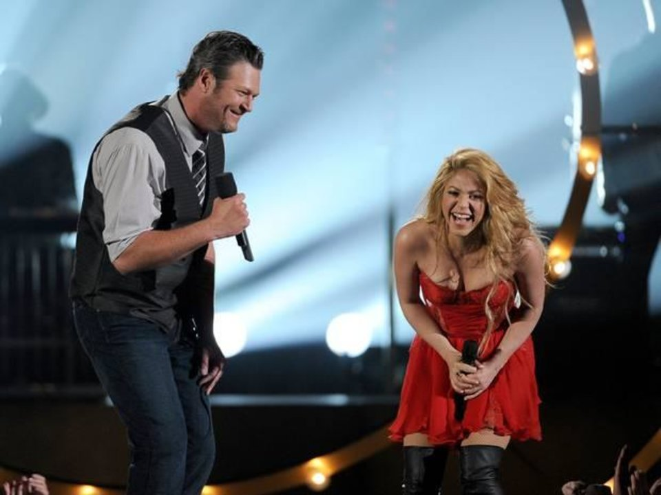 Photo -  Blake Shelton, left, and Shakira perform on stage at the 49th annual Academy of Country Music Awards at the MGM Grand Garden Arena on Sunday, April 6, 2014, in Las Vegas.  (AP)