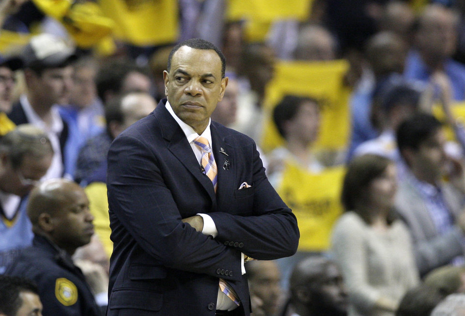Photo - Memphis Grizzlies coach Lionel Hollins watches the second half of Game 3 in a first-round NBA basketball playoff series in Memphis, Tenn., Thursday, April 25, 2013. The Grizzlies defeated the Clippers 94-82. (AP Photo/Danny Johnston)