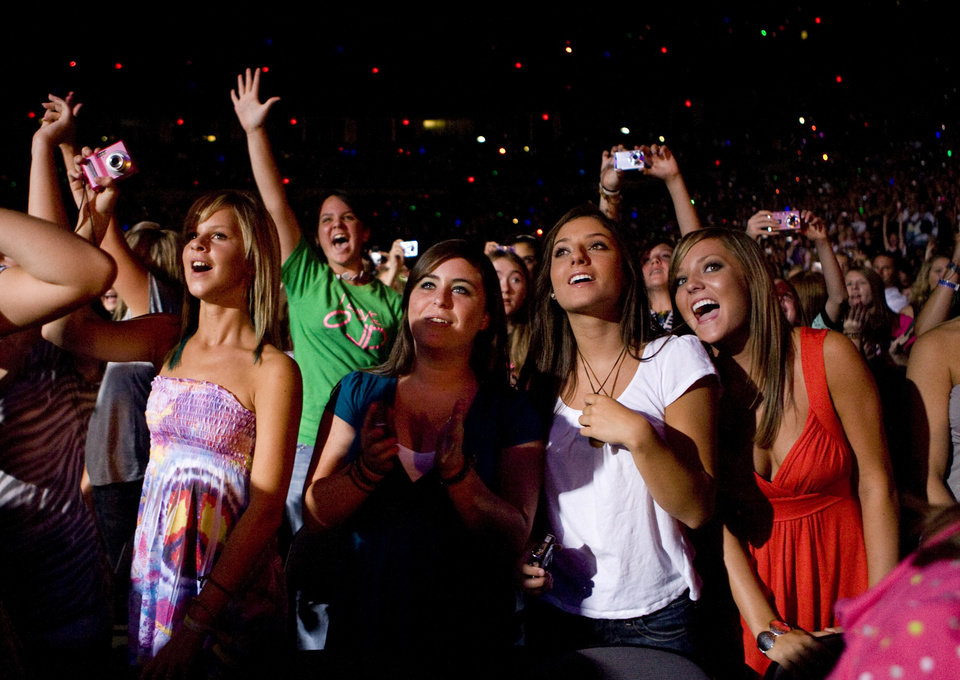 Fans cheer for The Jonas Brothers during a concert at the Ford Center in Oklahoma City, Tuesday, July 8, 2008. BY BRYAN TERRY, THE OKLAHOMAN