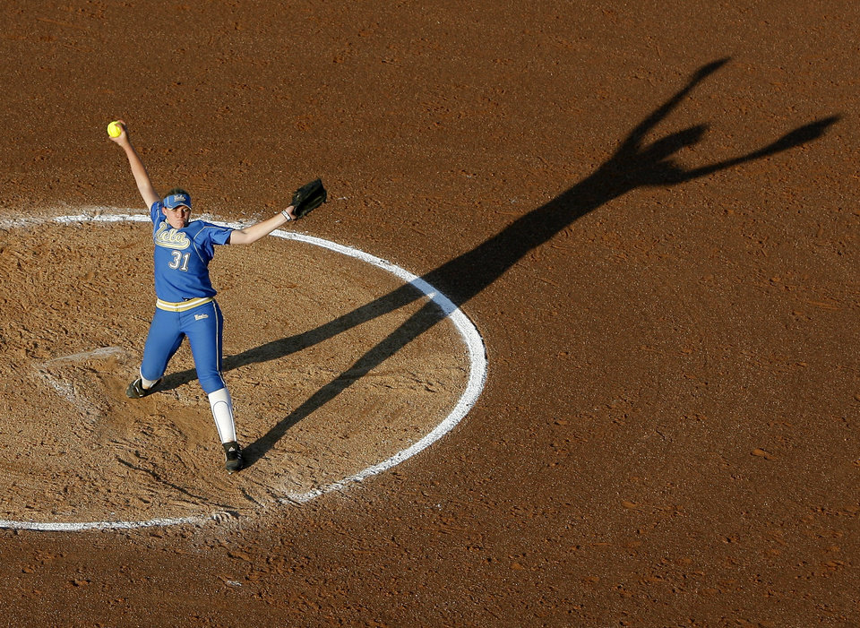 UCLA's Megan Langenfeld pitches during the Women's College World Series game between Hawaii and UCLA at ASA Hall of Fame Stadium  in Oklahoma City, Friday, June 4, 2010.  Photo by Bryan Terry, The Oklahoman