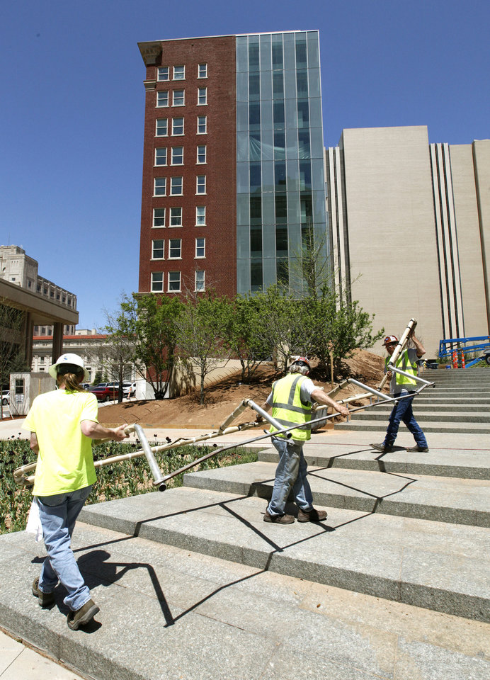 Photo - Construction is proceeding on the Sandridge Energy grounds in downtown Oklahoma City, OK, Monday, April 29, 2013,  By Paul Hellstern, The Oklahoman