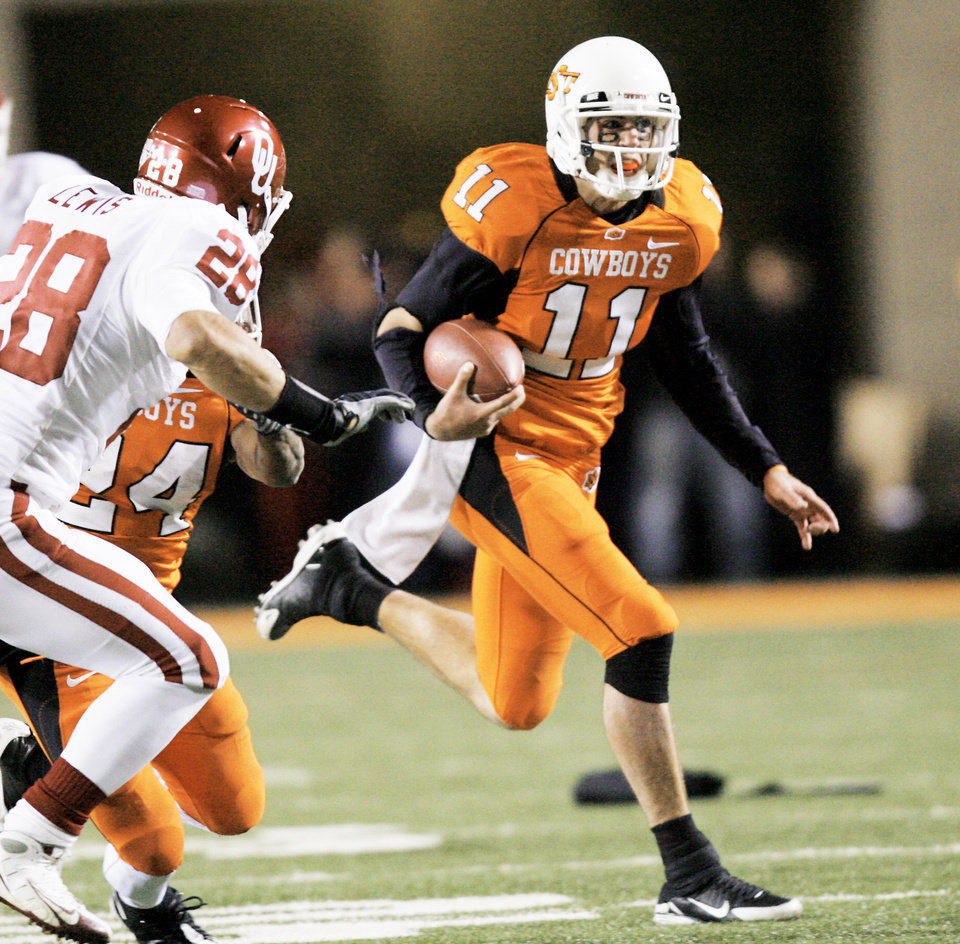 OSU quarterback Zac Robinson had a rough Bedlam PHOTO BY CHRIS LANDSBERGER, the oklahoman