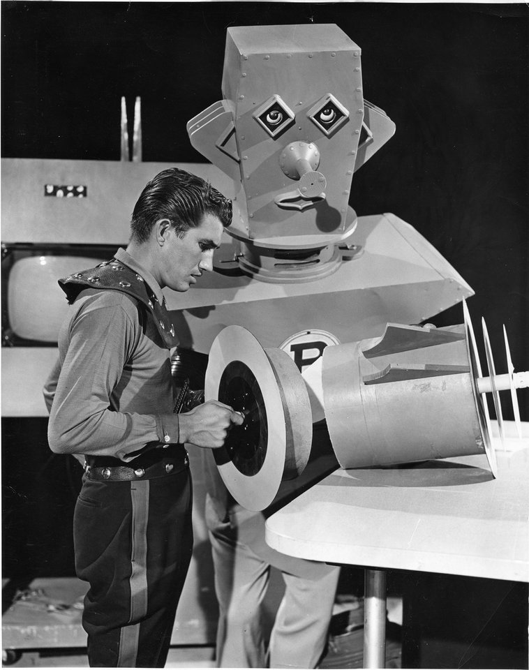 "Danny Williams:   1953: ""The Adventures of 3-D Danny"" debuts. Became known as Dan D. Dynamo, superintendent of the Space Science Center and friend of Bazark the Robot. Wrote, produced and starred in series."