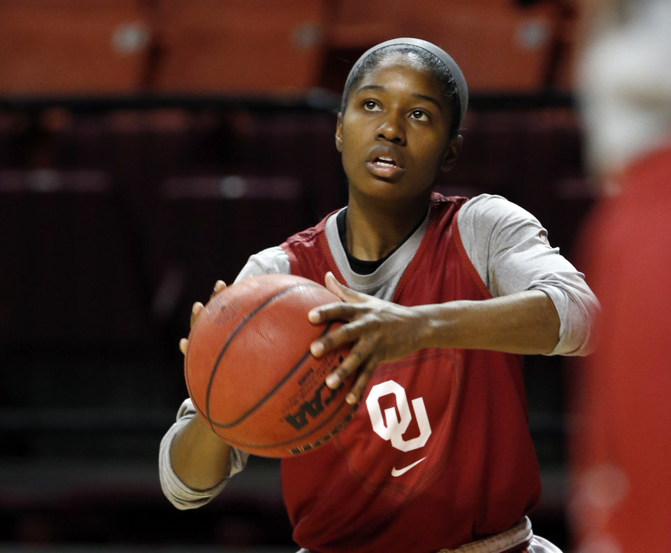 Photo - Aaryn Ellenberg practices as the University of Oklahoma Sooners (OU) women's college basketball prepares for the NCAA tournament at The Lloyd Noble Center on Wednesday, March 27, 2013  in Norman, Okla. Photo by Steve Sisney, The Oklahoman