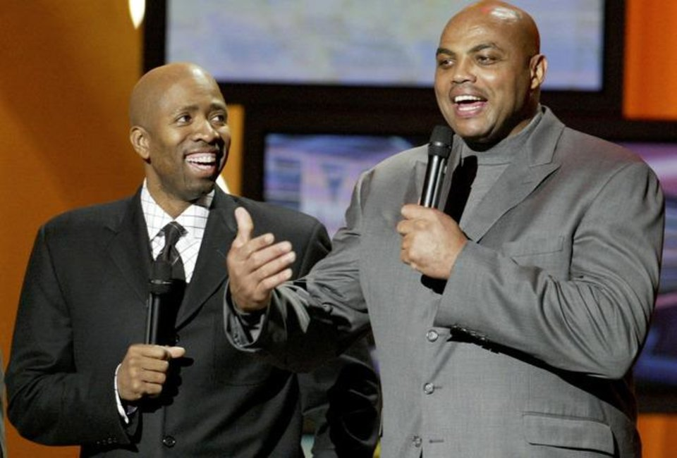 TNT analysts Kenny Smith, left, and Charles Barkley.