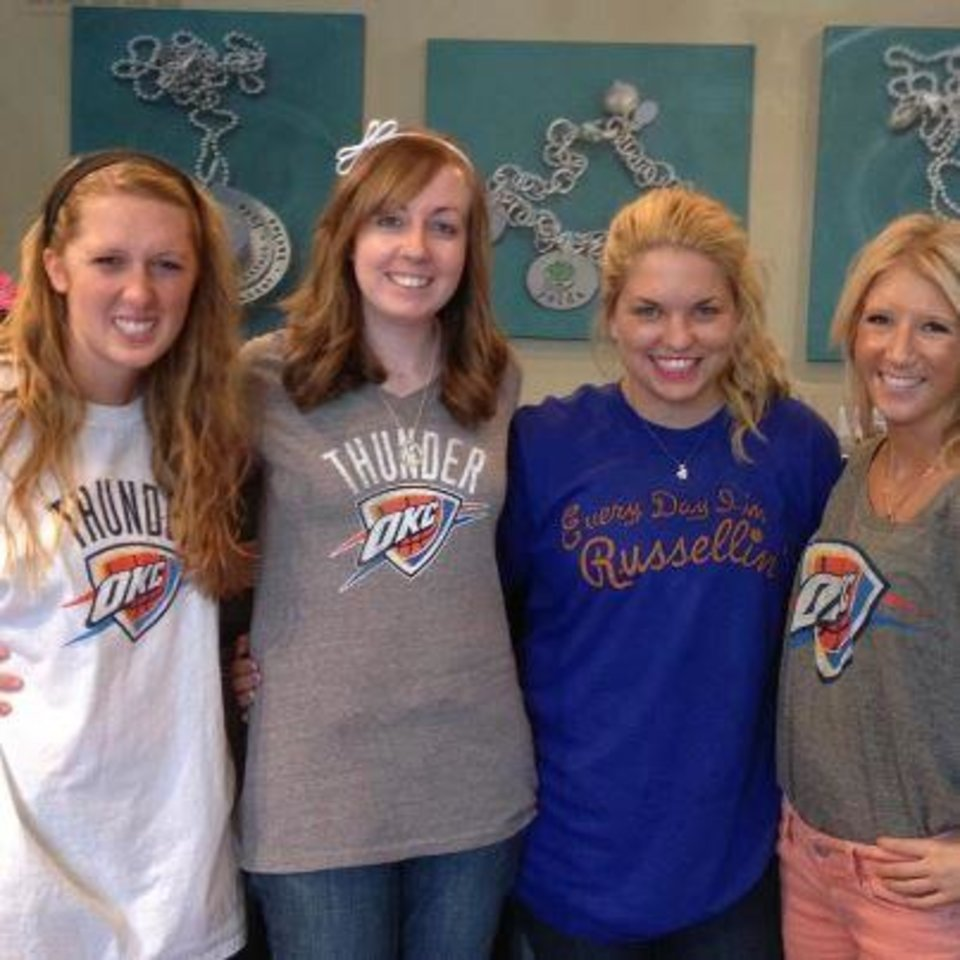 The Vintage Pearl Edmond sporting their OKC Thunder gear