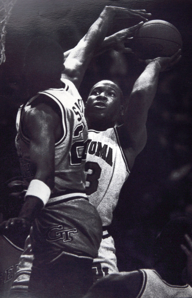 Former OU basketball player Wayman Tisdale. Dec. 26, FOND FAREWELL - Former Oklahoma center Wayman Tisdale left school in 1985 to make his living in the National Basketball Association. The three-time All American left Oklahoma as the leading scorer in school and Big Eight Conference history. (AP laserphoto) Photo taken, photo published 12/26/1985 ORG XMIT: KOD