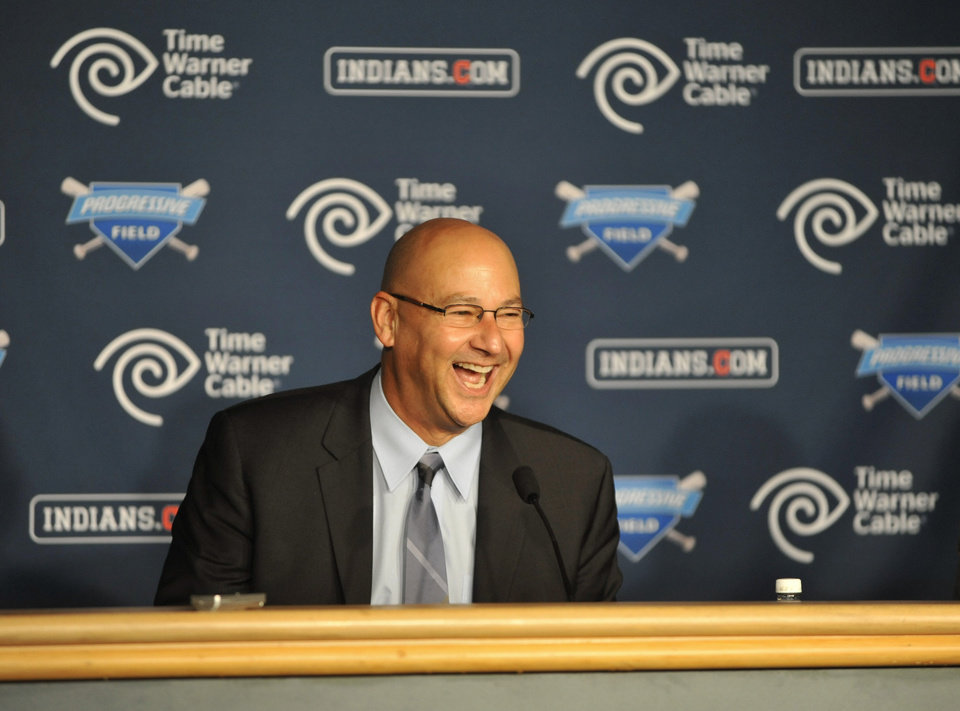 Photo -   New Cleveland Indians manager Terry Francona laughs during a news conference at Progressive Field Monday, Oct. 8, 2012 in Cleveland. (AP Photo/David Richard)