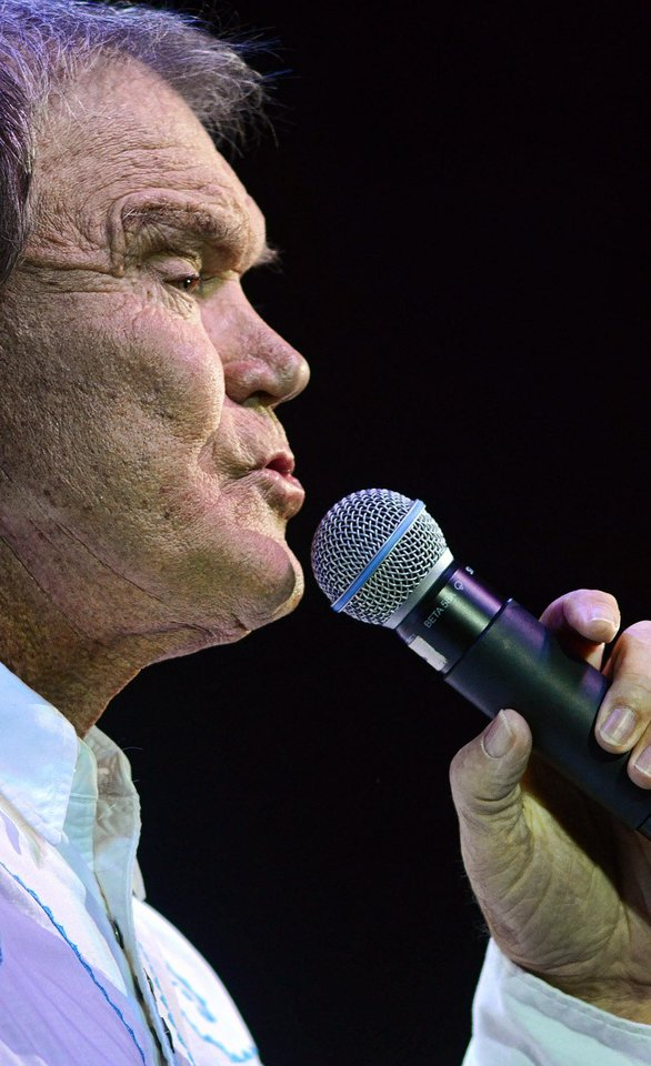 Photo - Glen Campbell performs at the IP Casino in Biloxi, Ms. on Friday, July 15, 2011. (AP Photo/William Colgin)