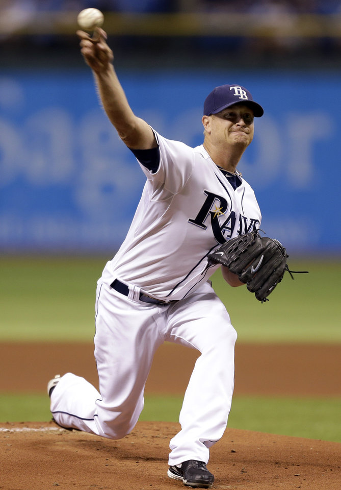 Photo -   Tampa Bay Rays starting pitcher Alex Cobb delivers to the Boston Red Sox during the first inning of a baseball game, Monday, Sept. 17, 2012, in St. Petersburg, Fla. (AP Photo/Chris O'Meara)