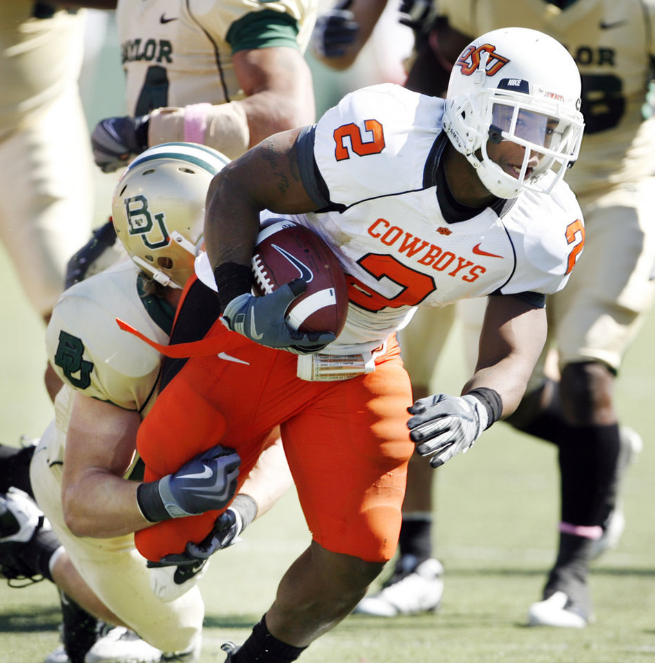 Photo - Beau Johnson (2) carries during the second half of the college football game between Baylor University and Oklahoma State University (OSU) at Floyd Casey Stadium in Waco, Texas, on Saturday, Oct. 24, 2009.  Photo by Steve Sisney, The Oklahoman