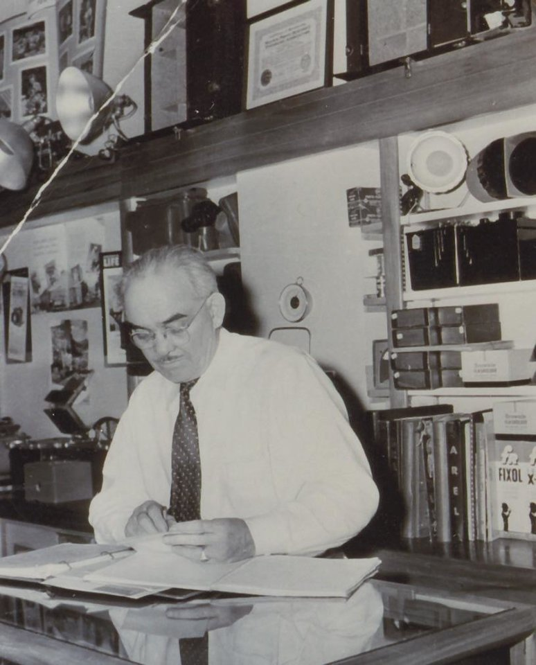 Photo - BLUNCK PHOTOGRAPHY: Edward Blunck is shown working in his Clinton photgraphy studio in the 1940s.	ORG XMIT: 0711092219277571