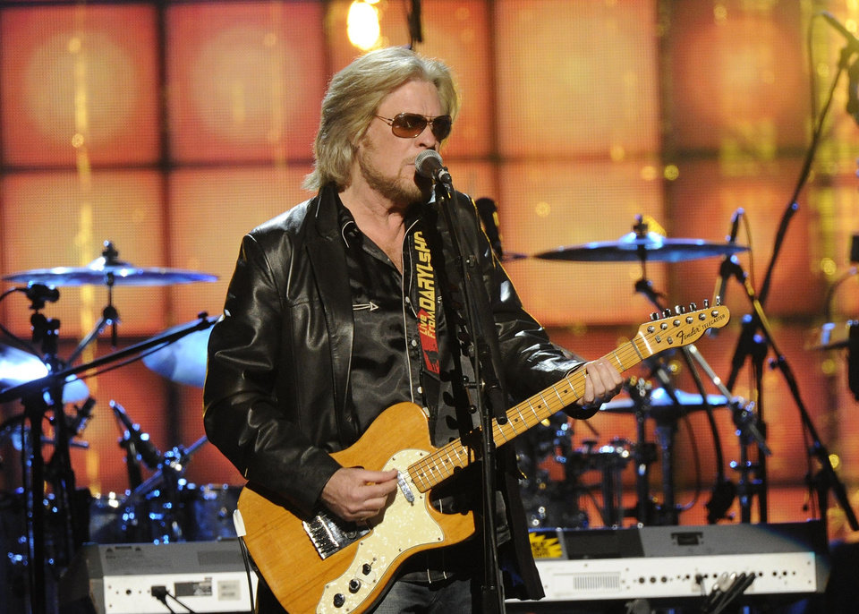 Photo - Hall of Fame Inductee, Hall and Otes, Daryl Hall performs at the 2014 Rock and Roll Hall of Fame Induction Ceremony on Thursday, April, 10, 2014 in New York. (Photo by Charles Sykes/Invision/AP)