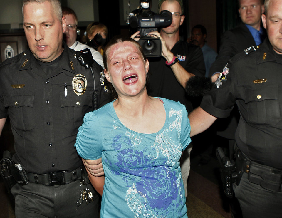 Photo - Stephanie Dunham screams,