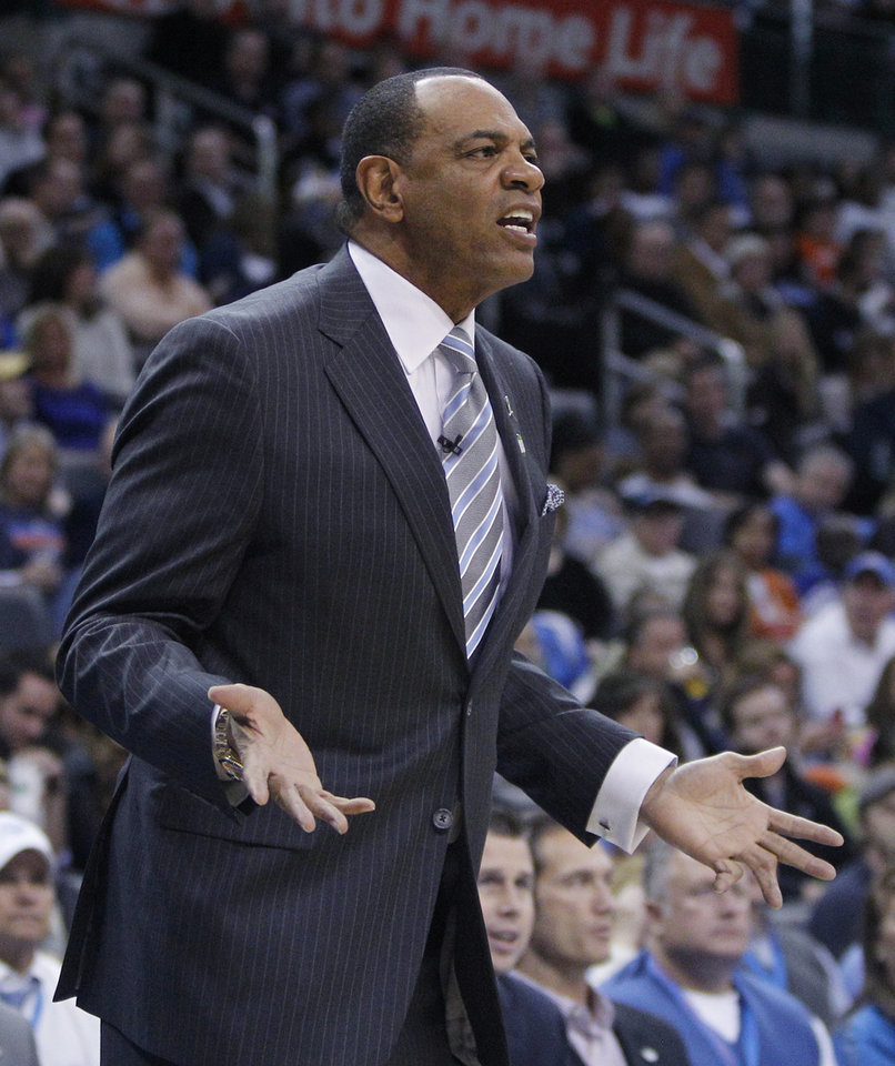 Memphis Grizzlies head coach Lionel Hollins gestures from the bench during the second quarter of an NBA basketball game against the Oklahoma City Thunder in Oklahoma City, Wednesday, Nov. 14, 2012. (AP Photo/Sue Ogrocki)