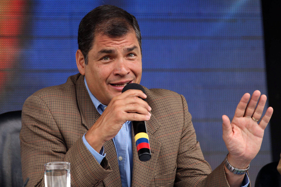 Photo -   In this photo released by Ecuador's Presidential Press Office, Ecuador's President Rafael Correa talks during his weekly broadcast