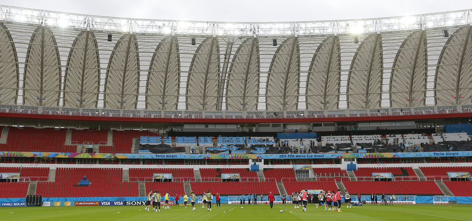 Photo - General view of the stadium during an official training session of the French national soccer team at the Estadio Beira-Rio in Porto Alegre, Brazil, Saturday, June 14, 2014. France will play in group E of the soccer World Cup. (AP Photo/David Vincent)