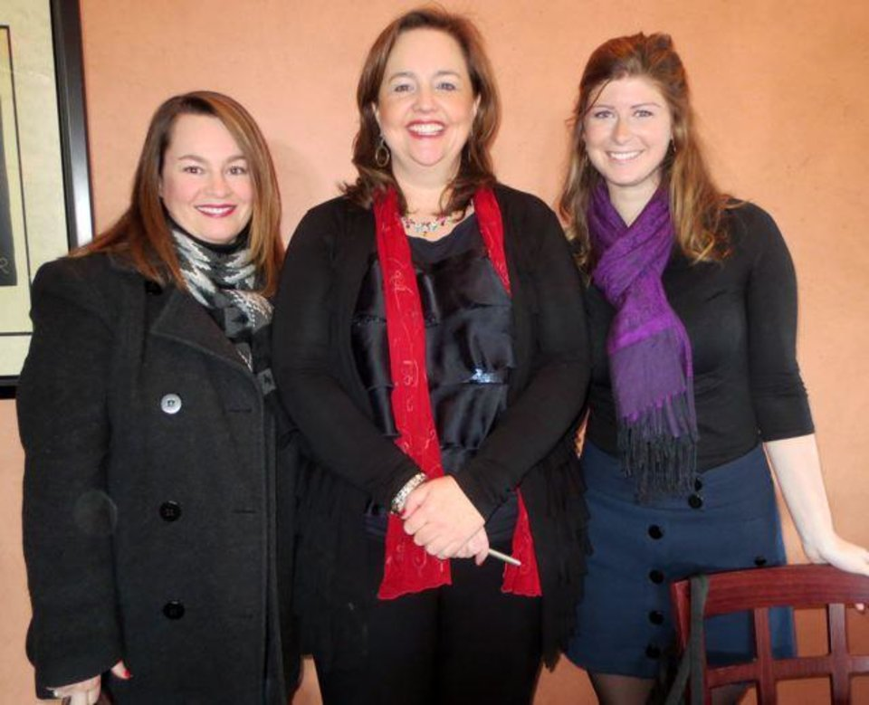 Pam Campbell, Lillie-Beth Brinkman, Callie Gordon were at the Association for Women In Communication meeting. (Photo by Helen Ford Wallace).