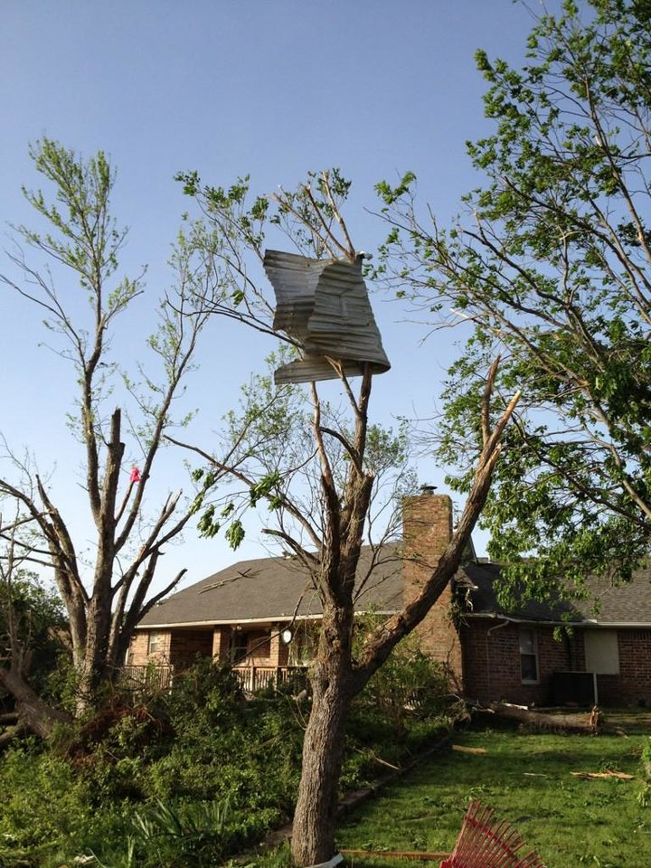 Tornado damage in Woodward, Okla. Photo by Michael Kimball, The Oklahoman, April 15, 2012.