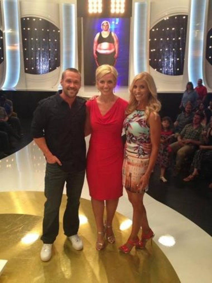 """Photo -  Georgeanna Johnson, middle, poses for a picture on the night of her weight-loss reveal with Chris and Heidi Powell from the ABC reality TV show """"Extreme Weight Loss."""" Photo provided"""